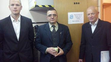 Od lewej: delegat ZKS Gwardia Dominik Szymczak, Jarosław Biernacki, Tadeusz Duda