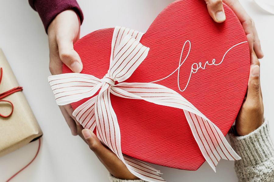 Walentynki 2019 Jakie Prezenty Na Walentynki Kupujemy Wydajemy