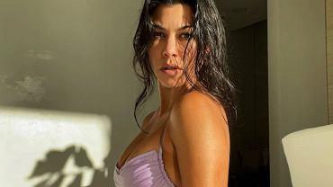 Ujędrniająco-spalający trening Kourtney Kardashian