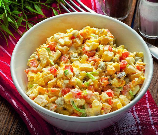 Sałatka jarzynowa z warzyw z gotowania wywaru