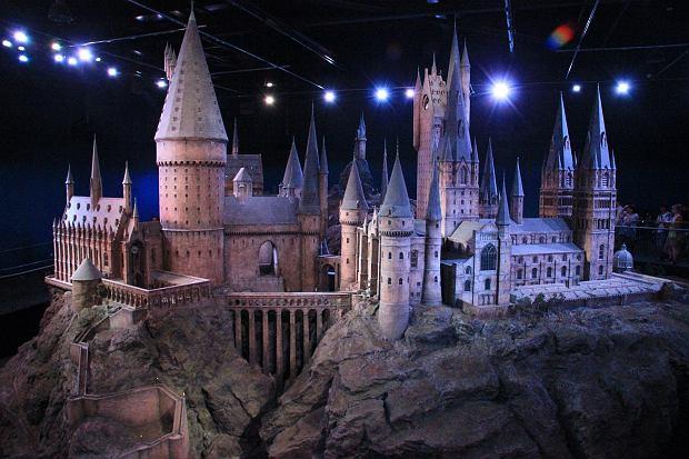 Replika Hogwartu w skali 1:24
