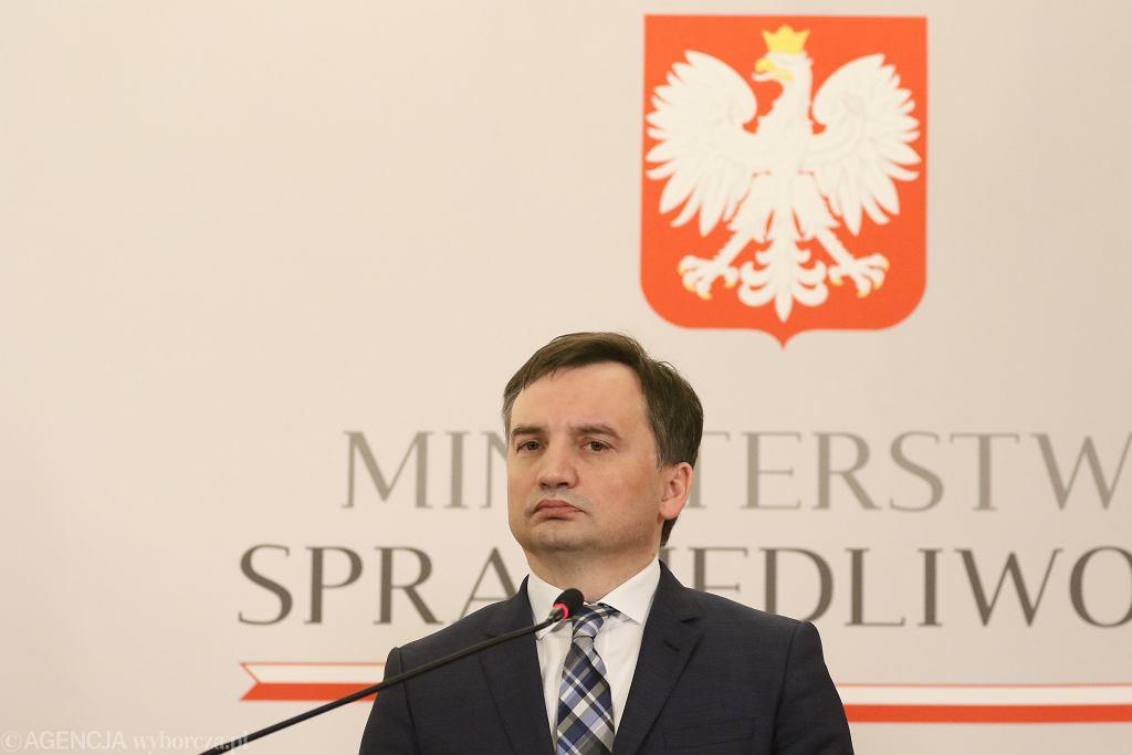 Zbigniew Ziobro odznaczył medalem konsula, który został wydalony z Norwegii