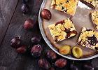 Ciasto drożdżowe ze śliwkami, czyli przepis na wyjątkowy placek inspirowany babcinym wypiekiem