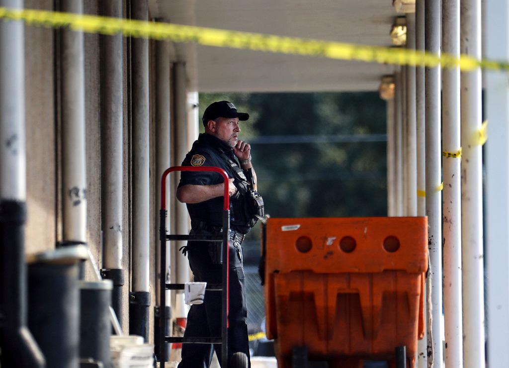 Miejsce strzelaniny w centrum spedycyjnym USPS w Memphis