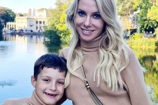 """Dziennikarka TVP oddała syna do szkoły klasztornej. """"Cieszę się, że dzień zaczyna od modlitwy"""""""
