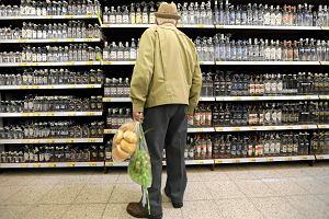 Kupno alkoholu w Polsce miało być trudniejsze. Sąd zadaje cios nowej ustawie