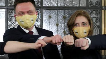 Szymon Hołownia i Joanna Mucha podczas konferencji prasowej ruchu Polska 2050.