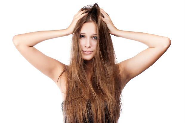 Sucha skóra głowy: pielęgnacja po zimie
