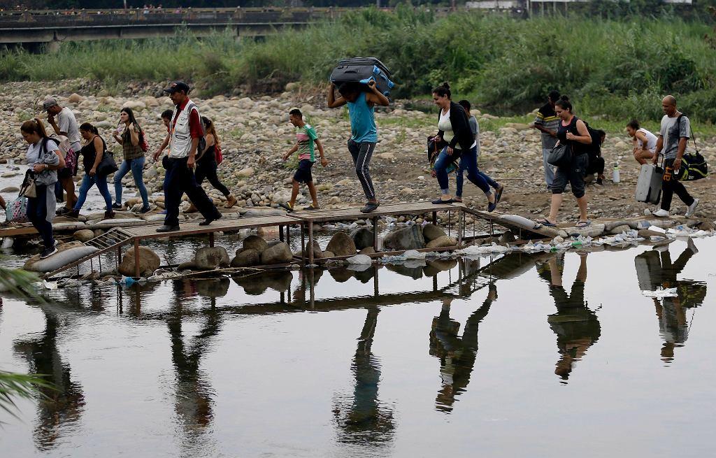 Kolumbia zalegalizuje pobyt 1,7 miliona migrantów z Wenezueli