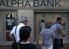 Grecy ominęli limity wypłat z bankomatów. Zaczęli płacić kartami w sklepach