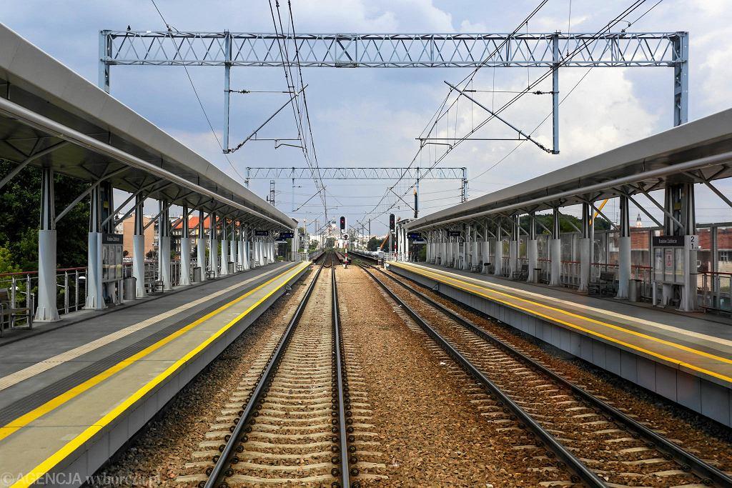 Modernizowana linia kolejowa E 30 na odcinku Krzeszowice - Kraków Płaszów
