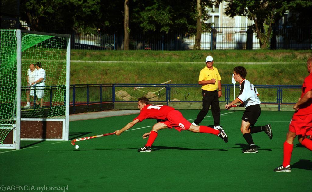 Hokej na trawie, mecz Polska - Niemcy w 2000 roku w Poznaniu
