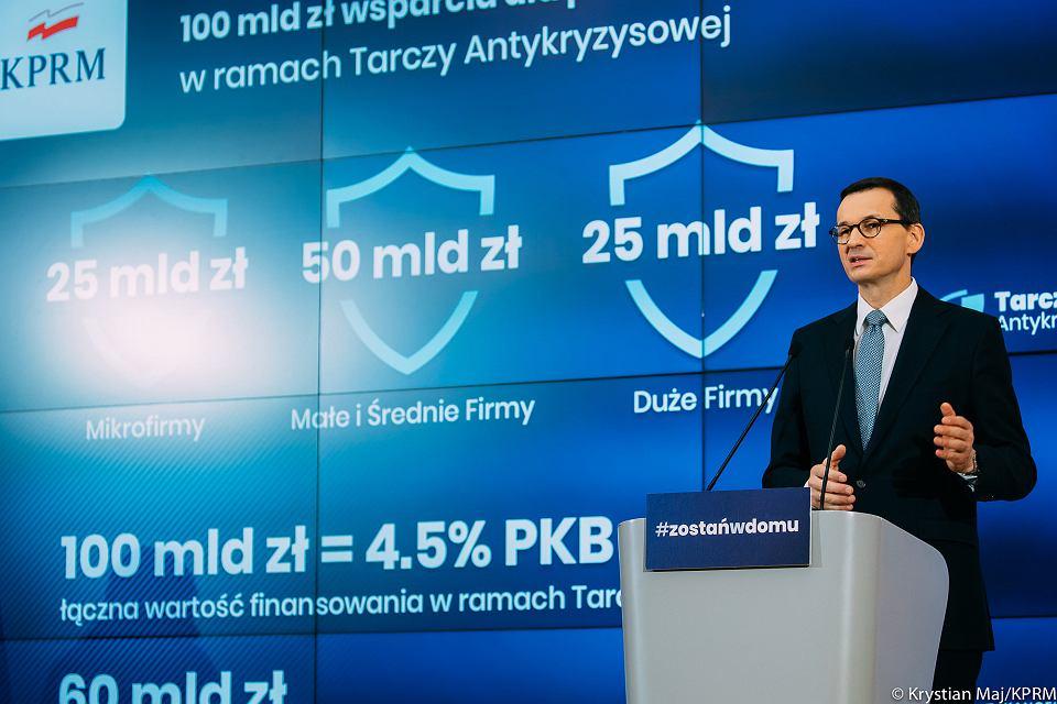 Premier Mateusz Morawiecki podczas konferencji nt. 'tarczy finansowej' dla firm