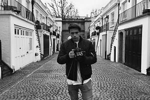 Beckham fotografuje - świat mody zbulwersowany!