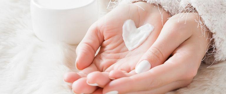 Pielęgnacja dłoni - jak dbać o nie latem?