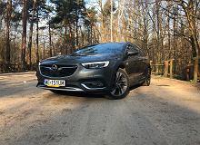 Opinie Moto.pl: Opel Insignia Country Tourer 1.6 Turbo 200 KM - urodzona na autostradzie