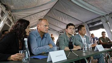 Przewodniczący Rady Europejskiej Donald Tusk i prezydent Ukrainy Wołodymyr Zełenski odwiedzili Zagłębie Donieckie na wschodzie Ukrainy