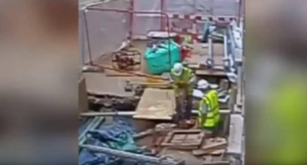 Robotnik uszkodził kabel wysokiego napięcia