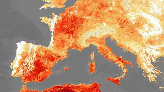 3578469c411e2b Afrykańska czerwień w części Europy. To białe na mapach satelitarnych to  wcale nie jest chłód
