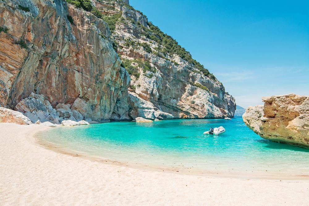 Na Sardynii zabieranie piasku jest zakazane