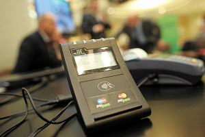 Koniec ery prepaid? Karty przedpłacone znikają z rynku