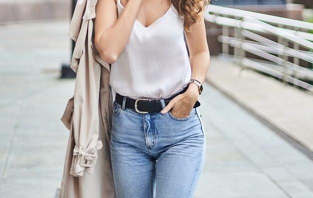 Co założyć do jeansów? Trendy w modzie na jesień 2019