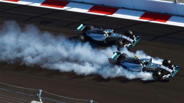 Hamilton, Rosberg, GP Rosji