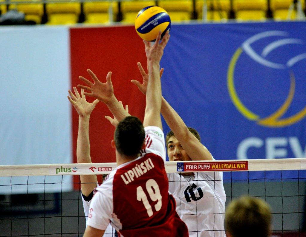 Kontrakt z AZS Częstochowa podpisał reprezentant Polski juniorów Bartłomiej Lipiński