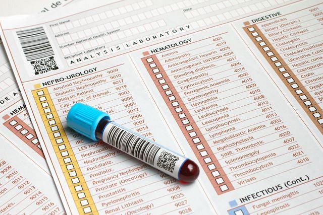 Schorzenie rozpoznaje się w oparciu o badanie krwi