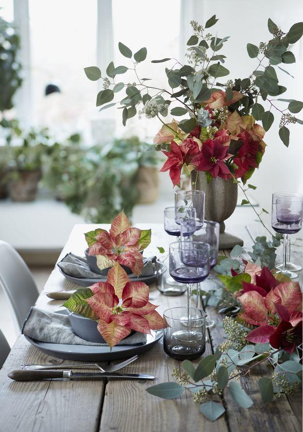 Dekoracja stołu wigilijnego - romantyczna
