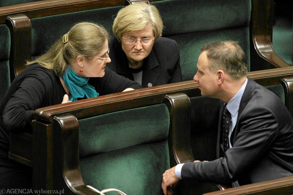 Rok 2013, posłowie PiS od lewej: Krystyna Pawłowicz, Józefa Hrynkiewicz i Andrzej Duda