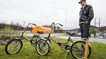 Rowery, którymi imigranci przekraczają granicę rosyjsko-norweską