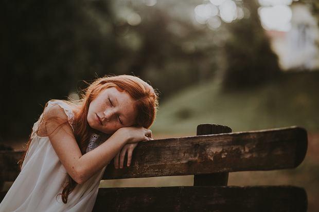 Uczucie wyczerpania przeważnie idzie w parze ze zmęczeniem i brakiem koncentracji, niezdolnością do dłuższych wyczynów pamięciowych i ogólnym poczuciem wypompowania