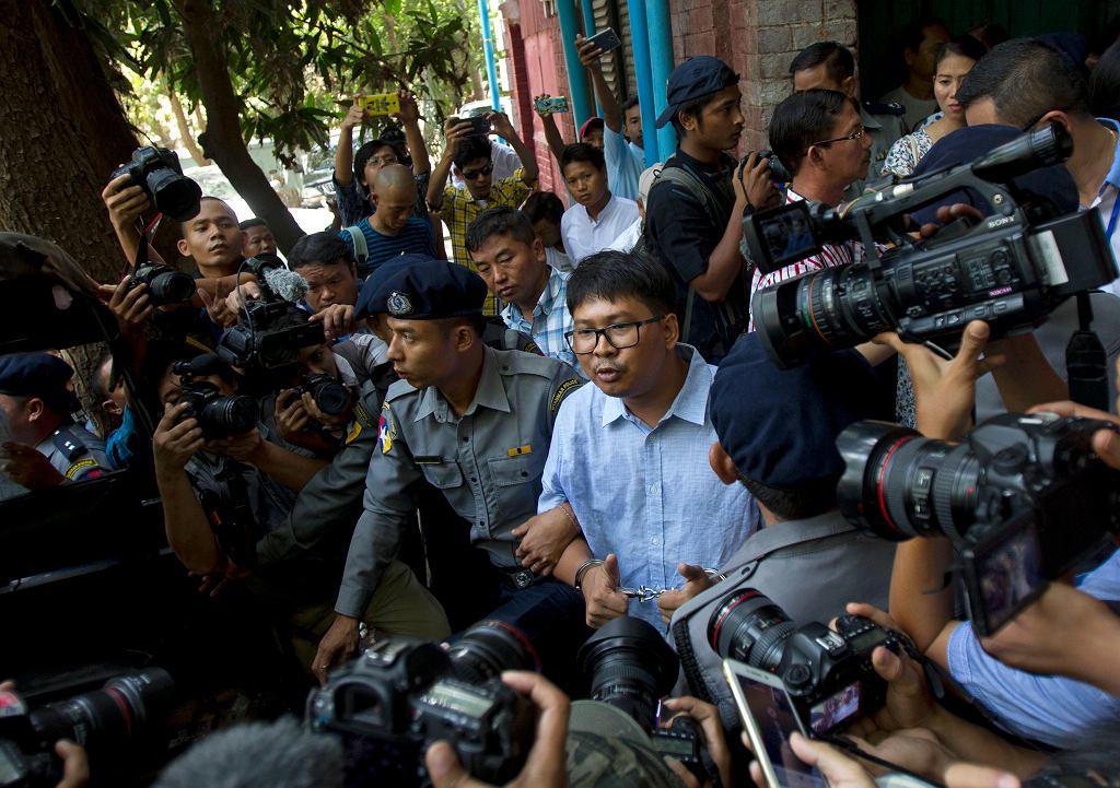 Dziennikarz Reutersa Wa Lone przed sądem w Mjanmie