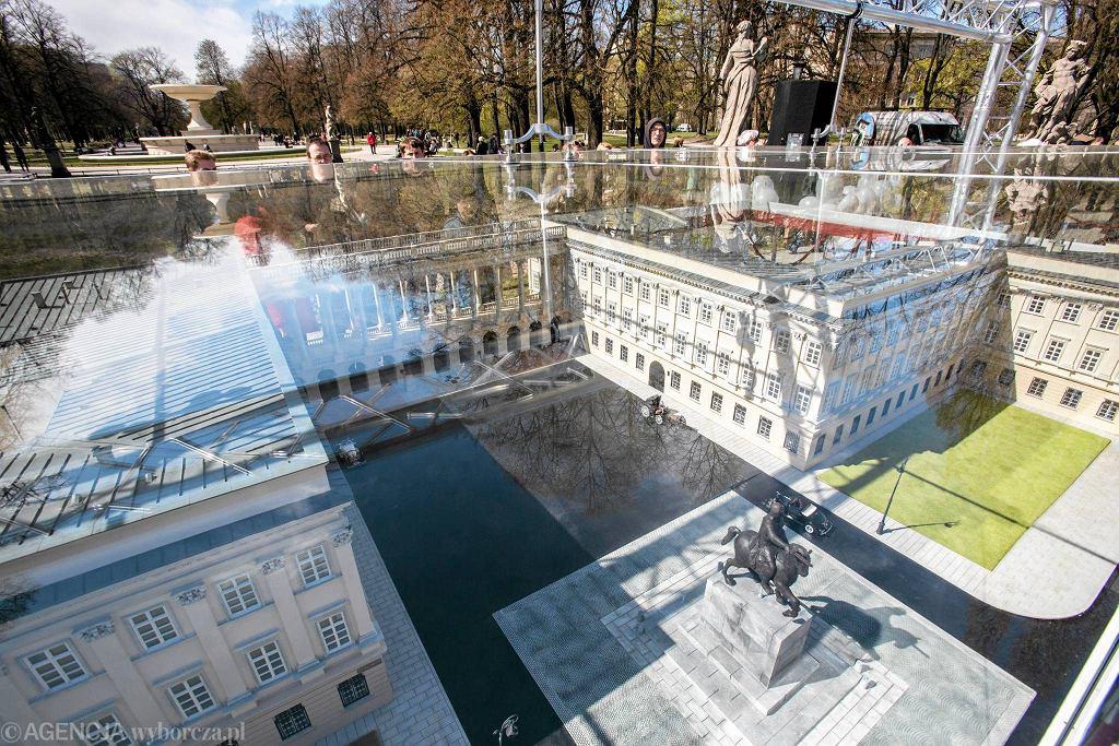 Odsłonięcie makiety Pałacu Saskiego na Placu Piłsudskiego