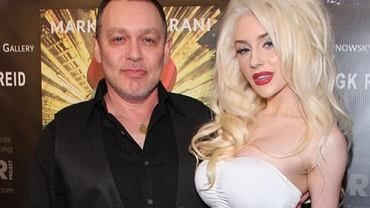Courtney Stodden, Doug Hutchison.