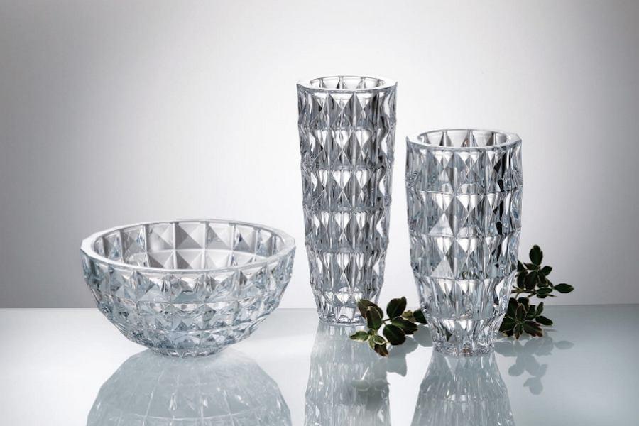 Szkło Diamond Bohemia ze zdobieniami przypominającymi diamenty