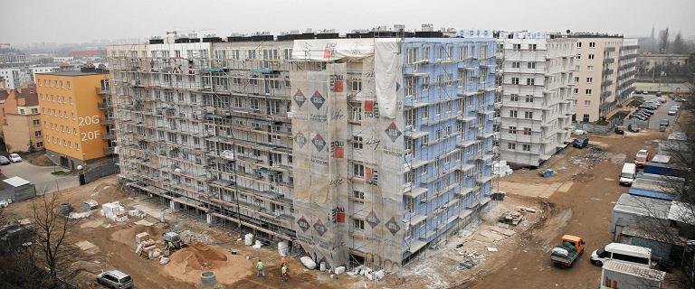 Mieszkania drożeją szybciej, niż rosną nasze pensje