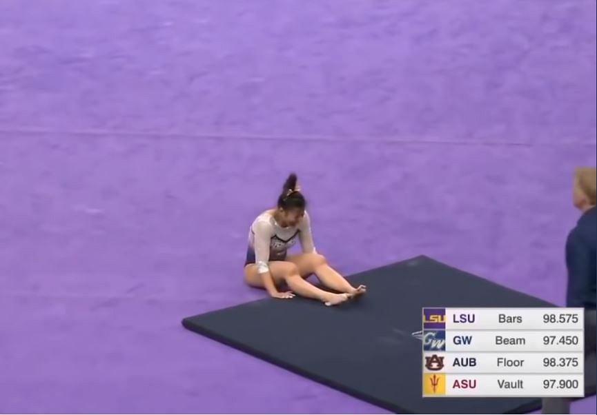 Horror podczas zawodów gimnastycznych. Samantha Cerio złamała obie nogi