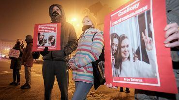 Manifestacja Białorusinów w Poznaniu - protest po wyroku na dziennikarki telewizji Biełsat
