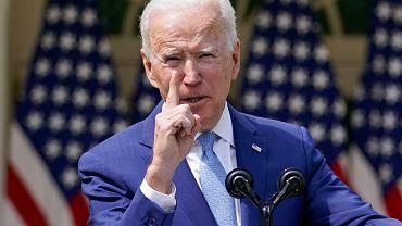 Joe Biden w ogrodzie różanym Białego Domu, 8 kwietnia 2021r.