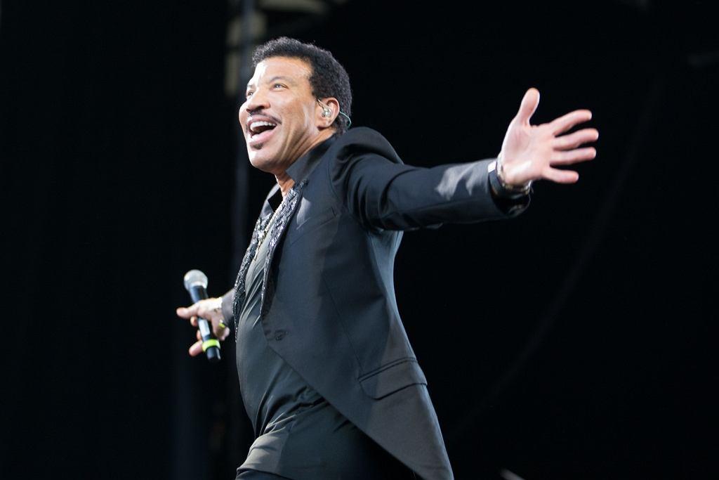 Lionel Richie szaleje na scenie