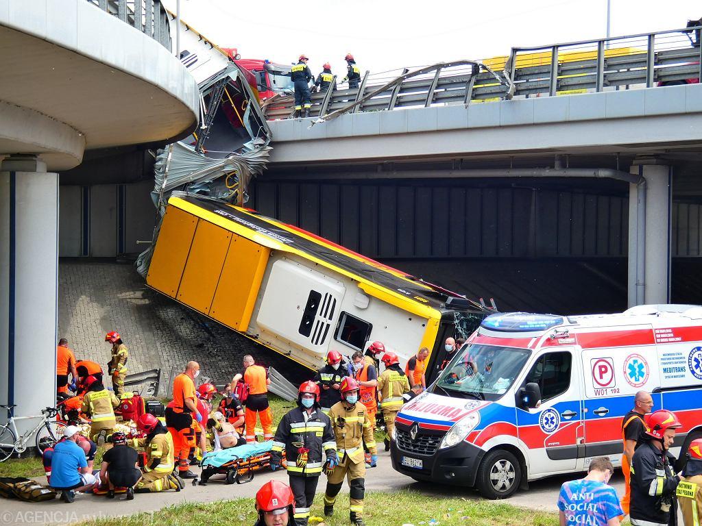 Wypadek autobusu komunikacji miejskiej w Warszawie