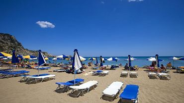 Plażowi stewardzi będą m.in. sprawdzać, czy zachowana jest odległość między leżakami i parasolami