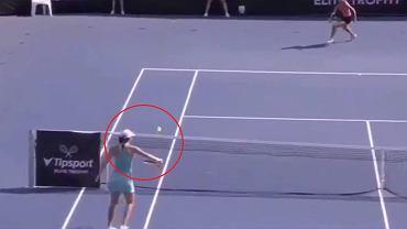 Iga Świątek świetnie zmyliła rywalkę podczas turnieju WTA w Pradze