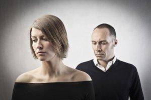 Zdrada to koniec związku? Fakty i mity dotyczące niewierności