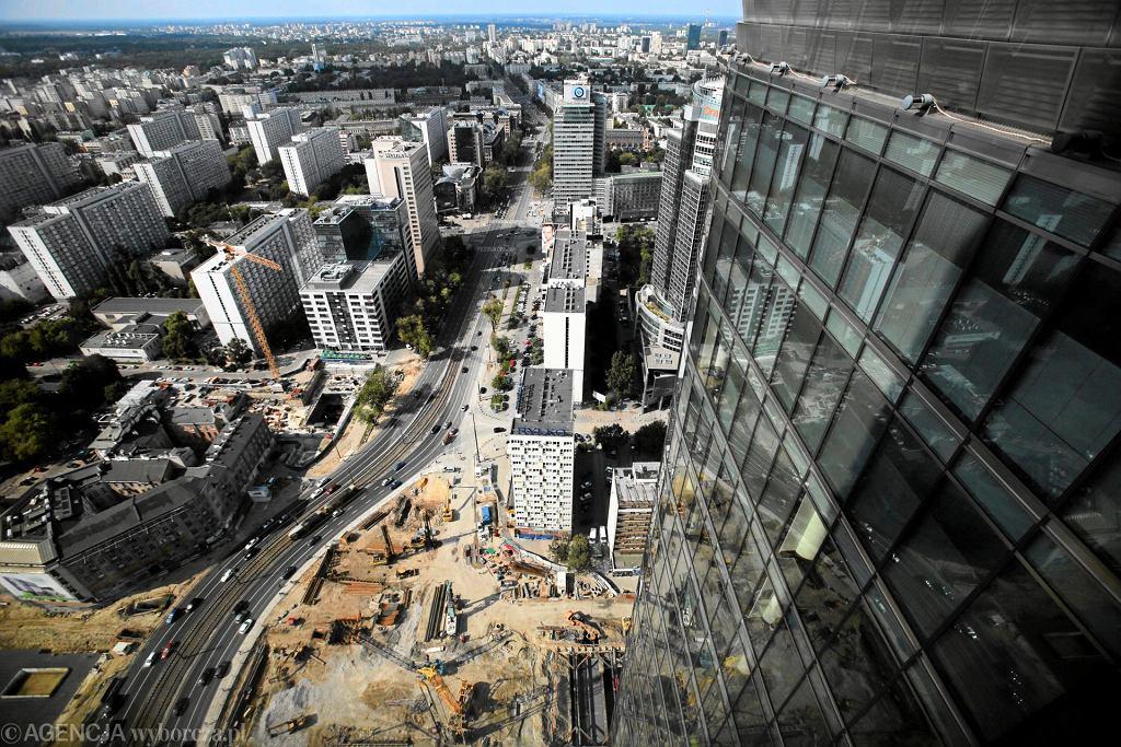 Warszawa żydowska. W miejscu kamienicy Ireny Birnbaum mieści się dziś biurowiec Ernst & Young