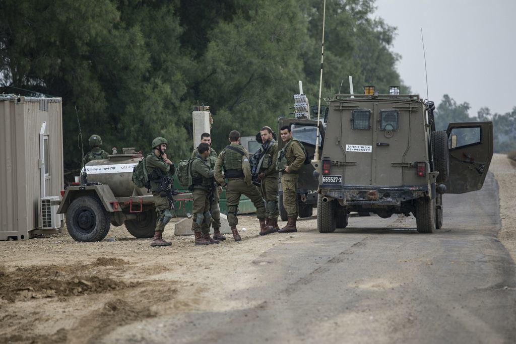 Nocne zamieszki z izraelskimi komandosami we Strefie Gazy