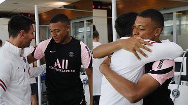 Kylian Mbappe przywitał Leo Messiego w PSG