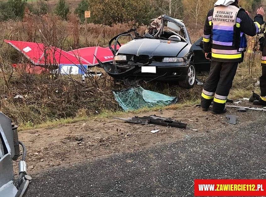 Tragiczny wypadek niedaleko Zawiercia. Nie żyje trzech 19-latków